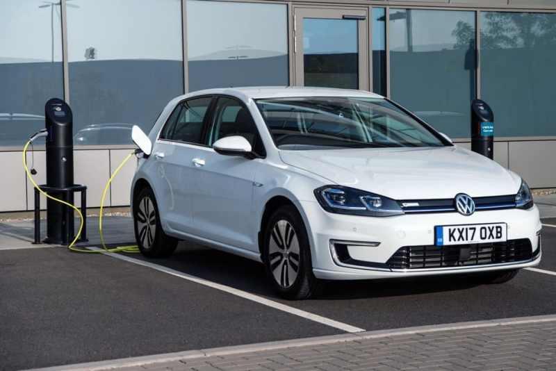 Top-10-des-meilleures-voitures-électriques-d'occasion-VW-e-Golf