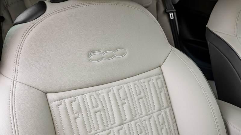 Fiat 500 e intérieur