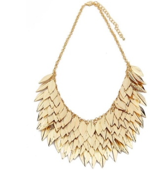 necklace-fall-birthday-essential-weekly-steal-fall-birthday-befitting-style