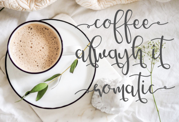 Amelyna Script Font
