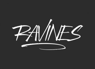Ravines Script Font