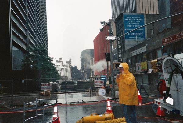 013 16 Copy 600x402 - Salen a la luz unas exclusivas fotografias del 11 de Septiembre