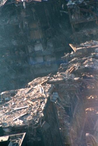 033 7 335x500 - Salen a la luz unas exclusivas fotografias del 11 de Septiembre