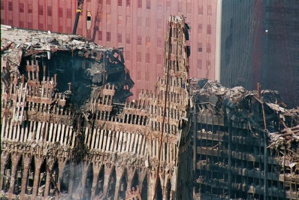 042 20 600x402 - Salen a la luz unas exclusivas fotografias del 11 de Septiembre