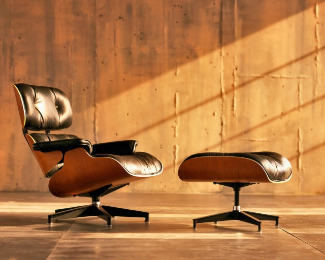 Lounge Chair. Eames