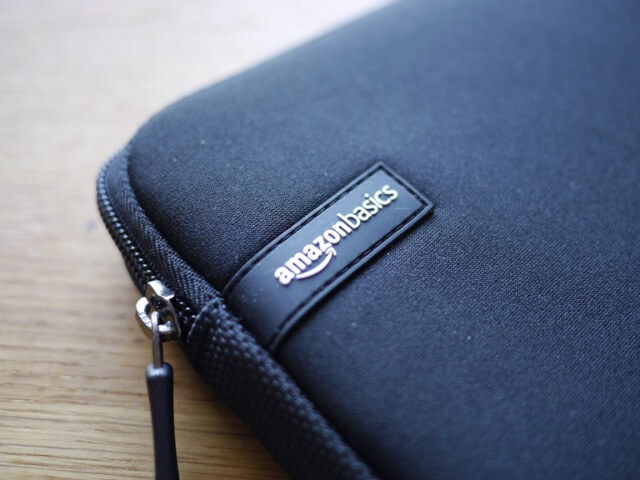 macbook pro15インチに合うサイズは?amazon basicsのPCケースを購入!