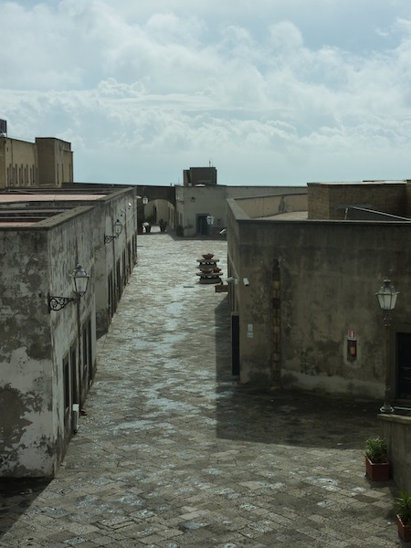 Neapel sehen und sterben. Castel Sant'Elmo