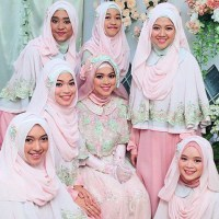 Jenis Bahan Hijab Yang Cocok Dengan Kebaya