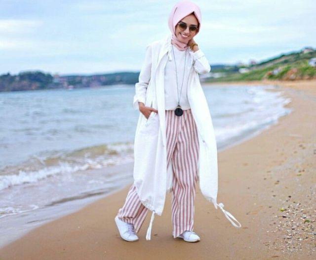 Suka Ke Pantai Nih Gaya Hijab Yang Bisa Kamu Coba Blog Behijab