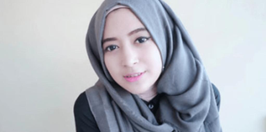 Hijab Cantik Dan Manis