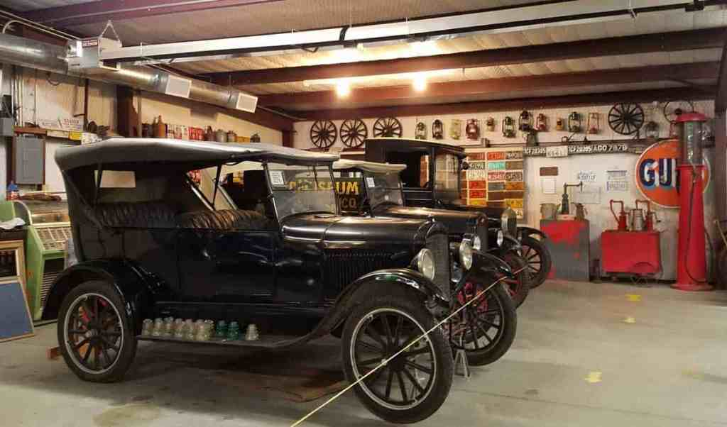 antique cars on display at Billy the Kid museum