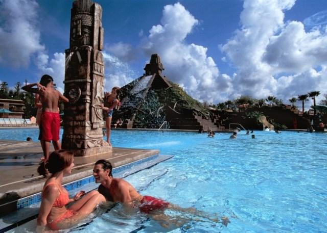 Cornado Pool