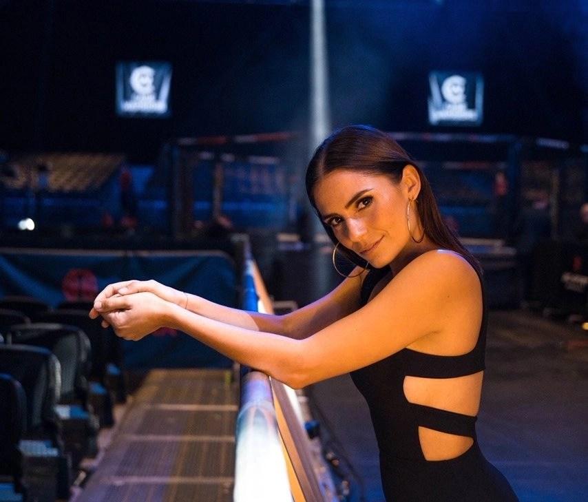 Layla Anna-Lee   Presenter & Content Creator
