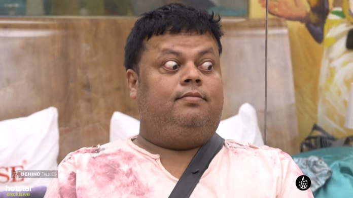 Anoop Chandran Eyes In Bigg Boss House
