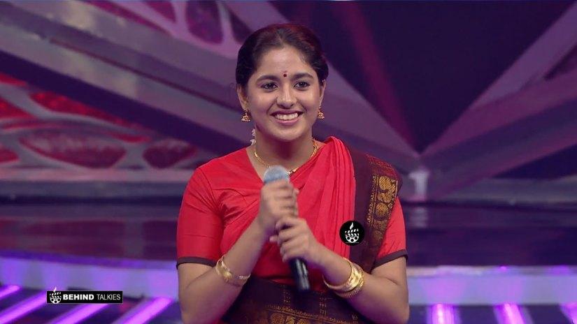 Super Singer Aishwarya in Getup Round