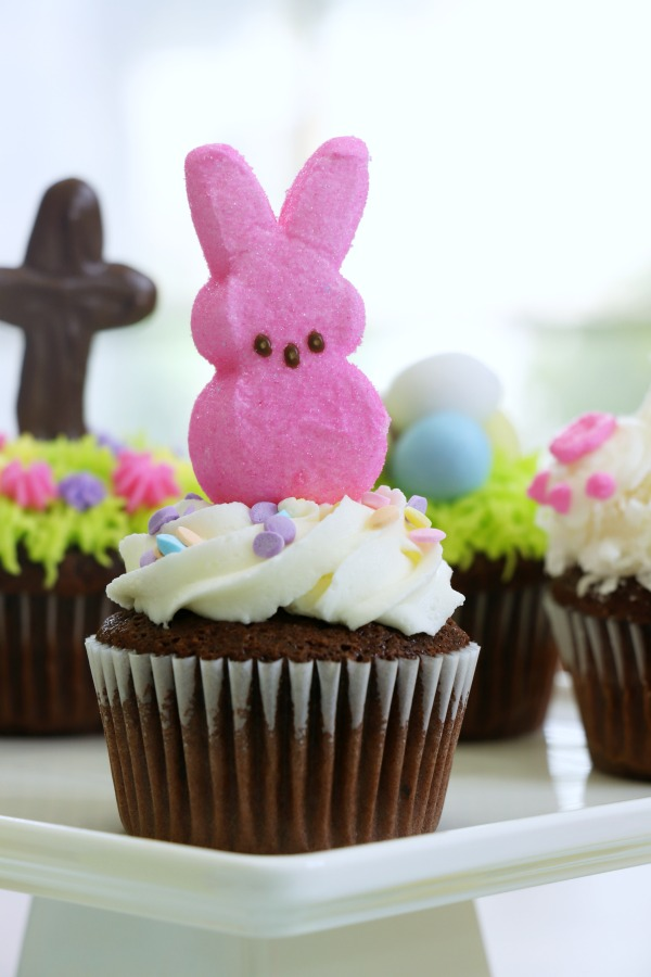 Behind The Cake ~ Easy Easter Cupcakes / chocolate bunny cupcake, Easter cupcakes ideas and how to make easy Easter cupcakes