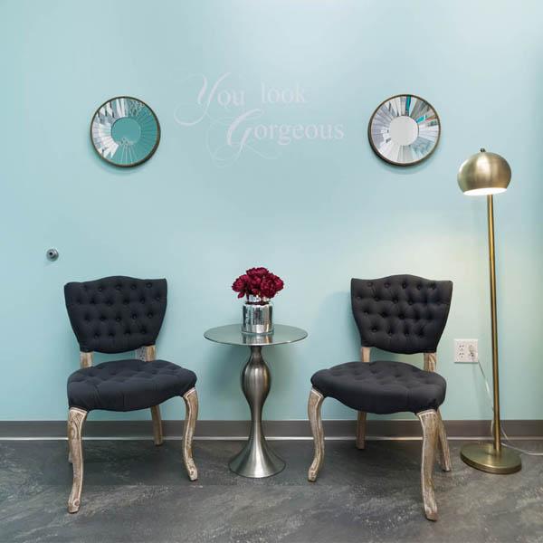 quiz what s your salon d cor style. Black Bedroom Furniture Sets. Home Design Ideas
