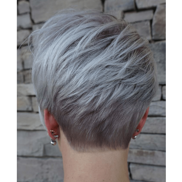 Emily-Anderson-@emilyandersonstyling-Pixie-Cut-Style
