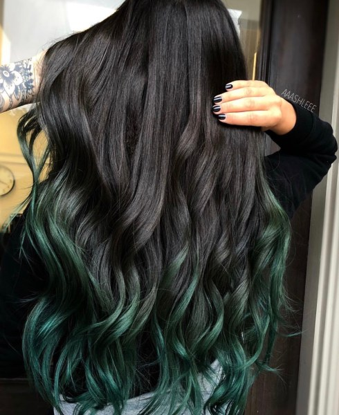 green tips fashion hair color by @aaashleee