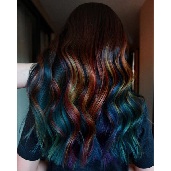 Frances Garcia @makeupbyfrances 5 Tips For Making Rainbow Haircolor More Wearable Precise Application Prevent Color Transfer Bleeding Sectioning Placement Fade Out Touch Up