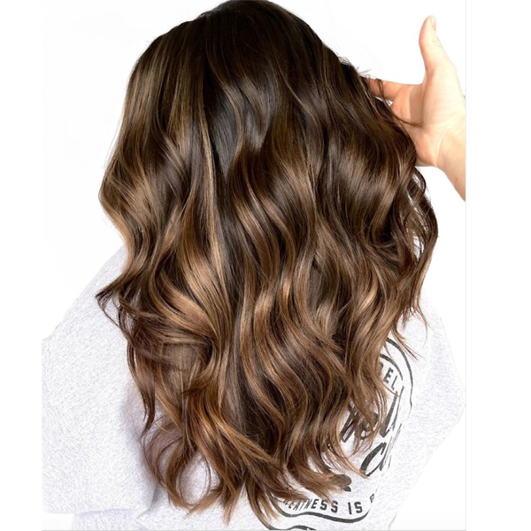 how to make curls and waves last when your client says their hair doesn't hold a curl moroccanoil
