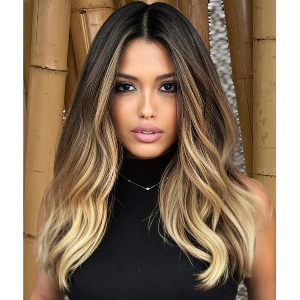 fall 2021 hair color trends golden blonde balayage