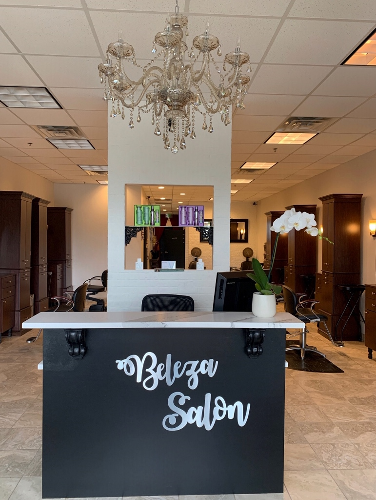 Hair stylist for Commission or Booth Rental
