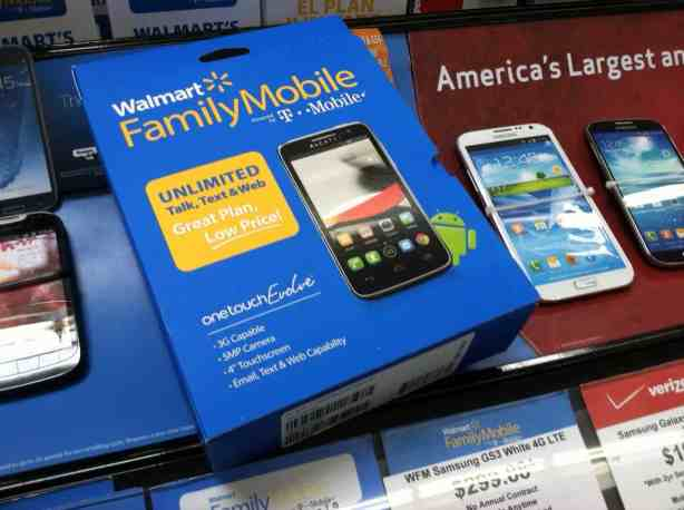 Giving the gift of the gab with Walmart Family Mobile #MaxYourTax #FamilyMobile #CollectiveBias