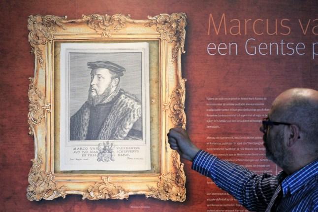 Archeologisch museum Velzeke - binnen - collectie - 015 Marcus - historie van Belgie renaissance