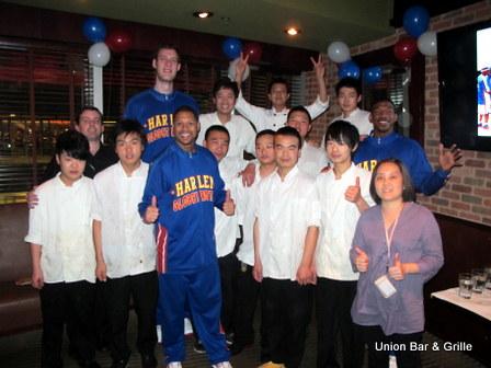 Harlem-Globetrotters-including-Tiny-Sturgess-at-Union-Beijing-China-4