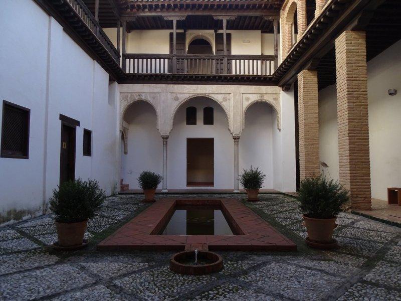 Courtyard of the Casa Horno de Oro with a central pool