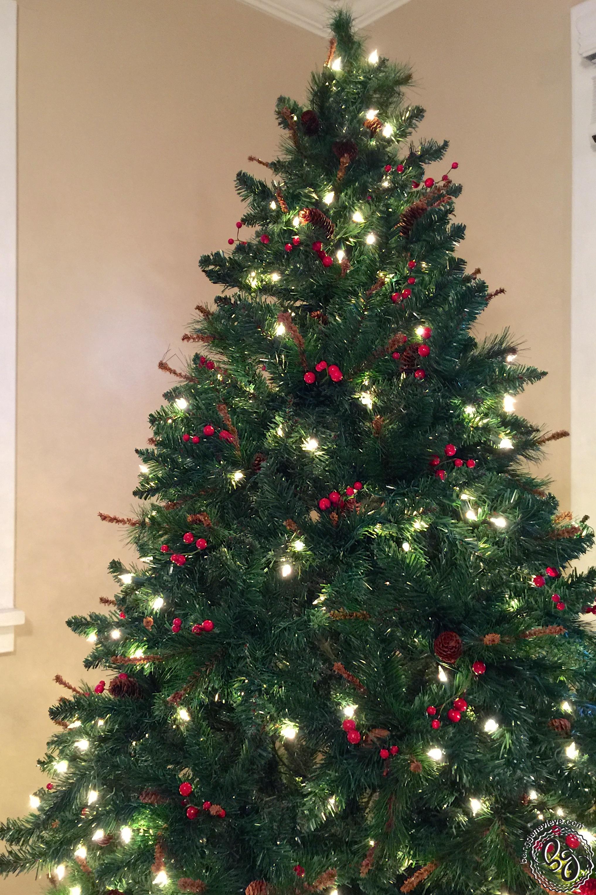 Christmas Tree Decorating 101