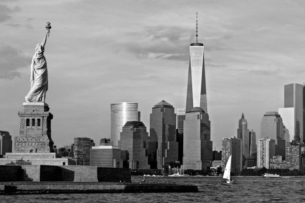 Statue-Liberty-Freedom-Tower-Black-White-Art-Print-MP1160