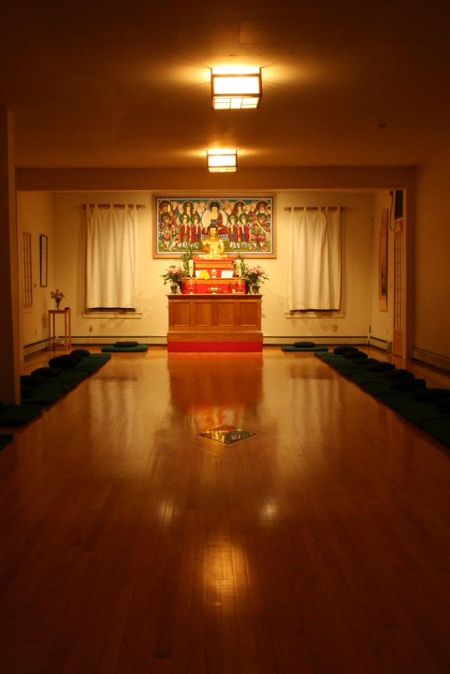 zen-center-dharma-room