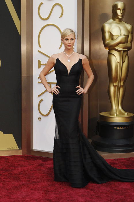 Charleze-Theron-Oscar-Dress-2014