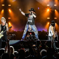 Guns N' Roses - Yes, In This Lifetime And Live At Chicago's Soldier Field