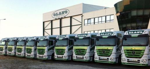 http://www.cadenadesuministro.es/noticias/grupo-olano-incorpora-a-su-flota-26-tractoras-actros-euro5/