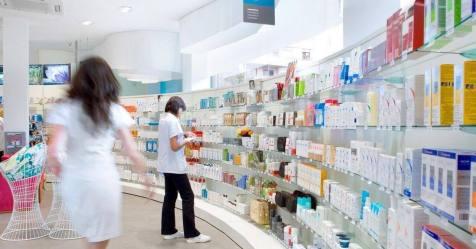 Covid-19: Linha 1400 informa sobre as farmácias mais próximas para fazer testes