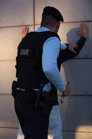 GNR deteve homem de 65 anos por posse de armas proibidas em Vila Nova de Foz Côa