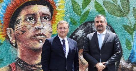 Deputado Paulo Porto visitou a região a convite da Casa do Brasil