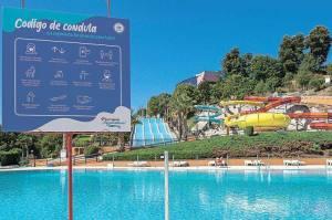 Todos os parques aquáticos podem reabrir esta sexta-feira