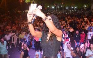 بالصور رويدا عطيه تشعل مهرجان منيارة