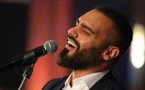 جوزيف عطيه يحتفل بالميلاد مع الطلاّب