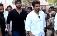Bollywood stars attend Veeru Devgan's cremation in Mumbai