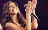 Stars, supporters rally around Elissa after retirement decision