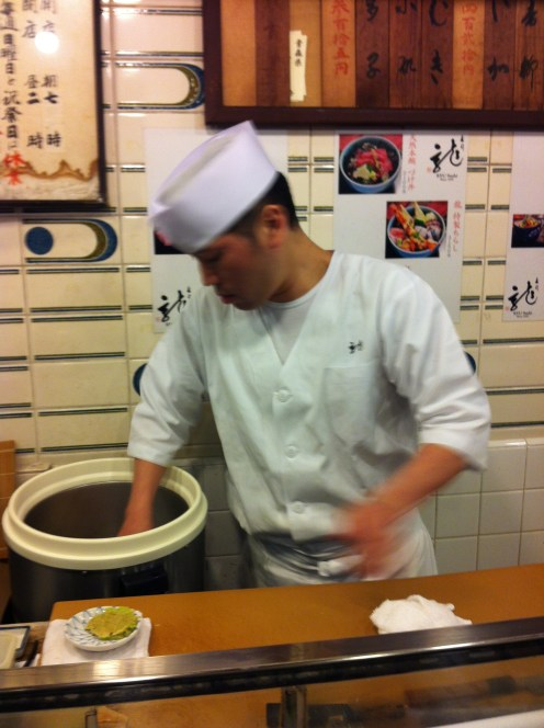 forming the rice for the sushi