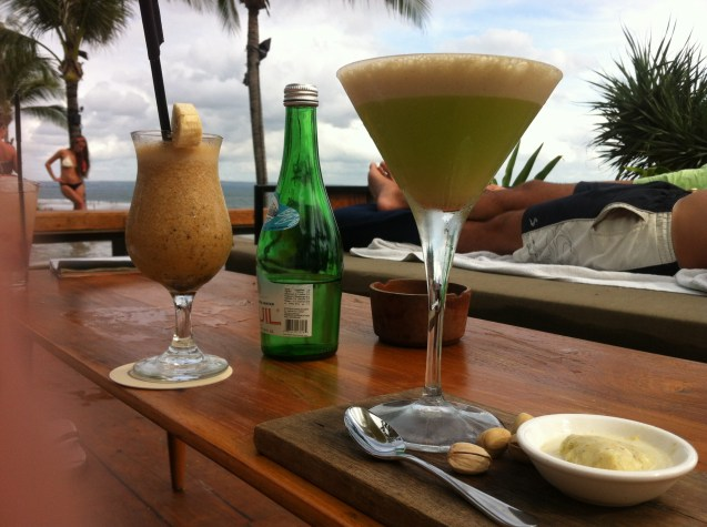 Rock Melon and Pistachio Martini with Ning Ning (Jamaican rum , honey, banana, passion fruit and yoghurt)