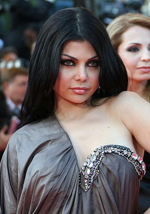 Haifa Wehbe Awarded In Alexandria Bnl