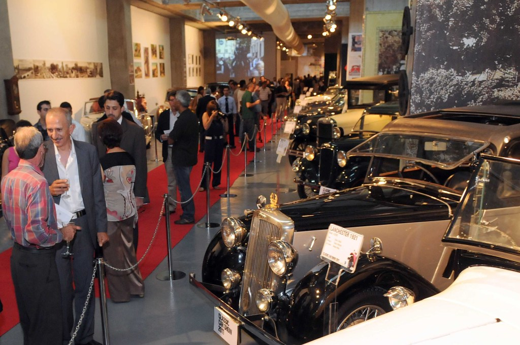Classic Cars 2011- A Must See in Souks Beirut
