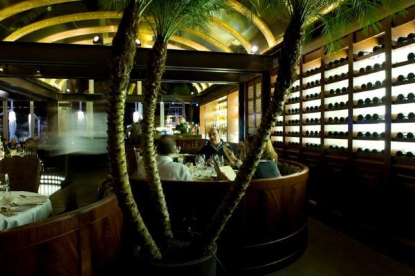 Cro Magnon: Zaitunay Bay's American Steakhouse